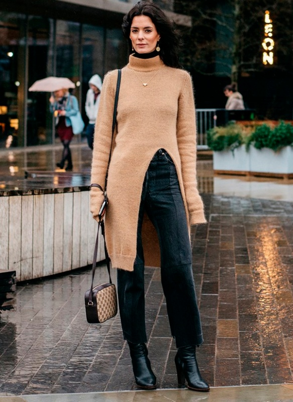 street-style-fashion-week-boots-cropped-pants-tricot-dress